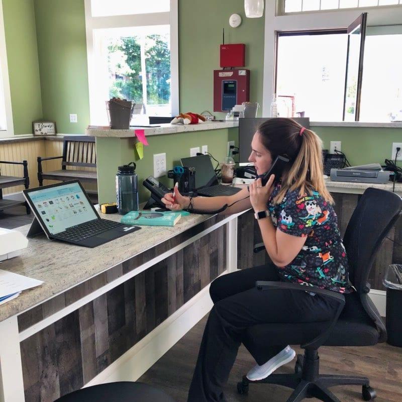 Veterinary Software Receptionist on Phone